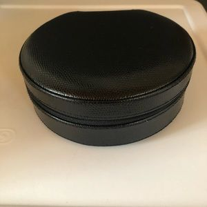 Leather jewelry travel case